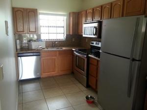 Additional photo for property listing at 320 Norwood Terrace 320 Norwood Terrace 博卡拉顿, 佛罗里达州 33431 美国