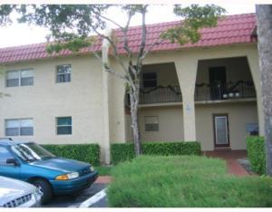 Appartement en copropriété pour l à louer à 338 Lake Frances Drive 338 Lake Frances Drive West Palm Beach, Florida 33411 États-Unis