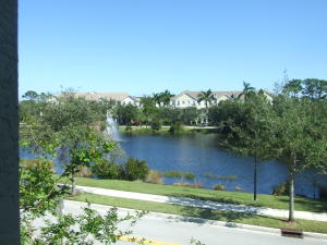Additional photo for property listing at 356 W Thatch Palm Circle 356 W Thatch Palm Circle Jupiter, Florida 33458 United States