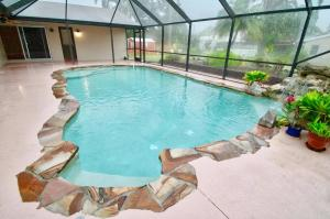Additional photo for property listing at 215 SE 1st Terrace 215 SE 1st Terrace Dania Beach, Florida 33004 United States