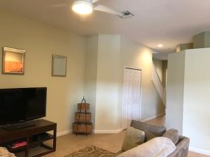 Additional photo for property listing at 526 Commons Drive 526 Commons Drive Palm Beach Gardens, Florida 33418 Estados Unidos
