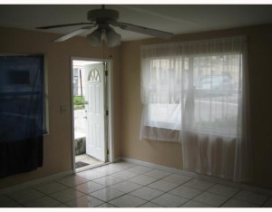 Additional photo for property listing at 810 9th Street 810 9th Street West Palm Beach, Florida 33401 United States
