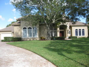 Casa Unifamiliar por un Venta en 7965 Saddlebrook Drive 7965 Saddlebrook Drive Port St. Lucie, Florida 34986 Estados Unidos
