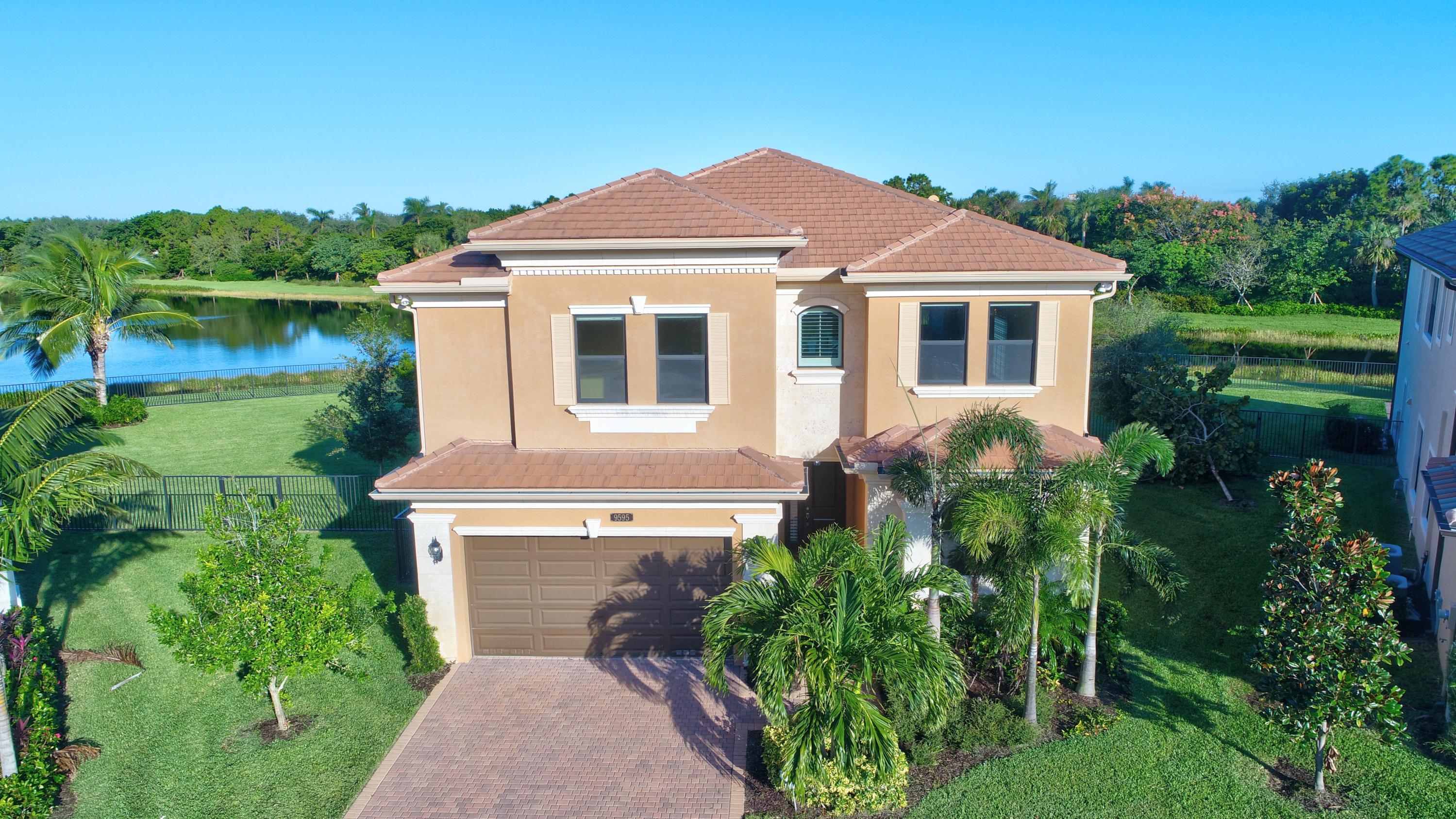 9595 Eden Roc Court  Delray Beach, FL 33446