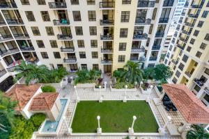 Condominium for Rent at TWO CITY PLAZA, 701 S Olive Avenue 701 S Olive Avenue West Palm Beach, Florida 33401 United States