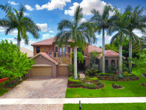 Single Family Home for Sale at 10778 Versailles Boulevard 10778 Versailles Boulevard Wellington, Florida 33449 United States