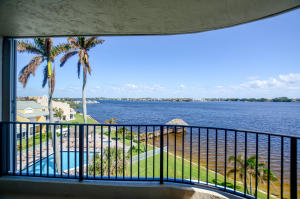 Condominium for Sale at 8200 Lakeshore Drive 8200 Lakeshore Drive Hypoluxo, Florida 33462 United States