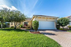 Additional photo for property listing at 840 SW Rocky Bayou Terrace 840 SW Rocky Bayou Terrace Port St. Lucie, Florida 34986 États-Unis