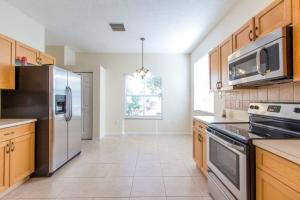Additional photo for property listing at 840 SW Rocky Bayou Terrace 840 SW Rocky Bayou Terrace Port St. Lucie, Florida 34986 Vereinigte Staaten
