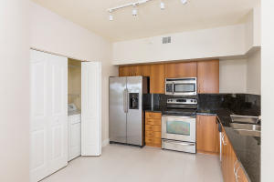 Additional photo for property listing at 250 NE 3rd Avenue 250 NE 3rd Avenue Delray Beach, Florida 33444 Vereinigte Staaten