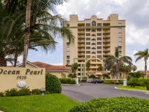 Condominium for Rent at 3920 N A1a 3920 N A1a Hutchinson Island, Florida 34949 United States