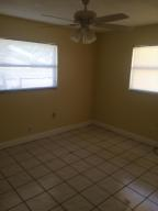 Additional photo for property listing at 301 SW 5th Lane 301 SW 5th Lane Boynton Beach, Florida 33435 United States