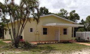 Maison unifamiliale pour l Vente à 14844 Gruber Lane 14844 Gruber Lane Loxahatchee Groves, Florida 33470 États-Unis