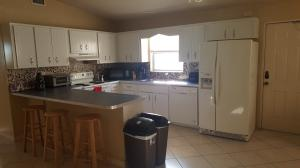Additional photo for property listing at 1126 Oak Street 1126 Oak Street West Palm Beach, Florida 33405 Estados Unidos