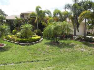Casa Unifamiliar por un Alquiler en 3301 SW Mcmullen Street 3301 SW Mcmullen Street Port St. Lucie, Florida 34953 Estados Unidos