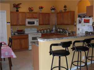 Additional photo for property listing at 3301 SW Mcmullen Street 3301 SW Mcmullen Street Port St. Lucie, Florida 34953 Estados Unidos