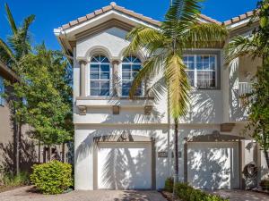 Property for sale at 3172 Laurel Ridge Circle, West Palm Beach,  FL 33404