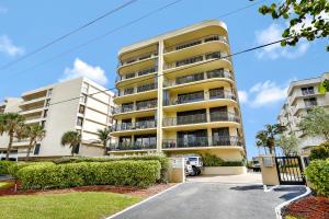 شقة بعمارة للـ Sale في 4000 S Ocean Boulevard 4000 S Ocean Boulevard South Palm Beach, Florida 33480 United States