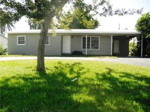 Additional photo for property listing at 137 Riley Avenue 137 Riley Avenue Palm Springs, Florida 33461 Estados Unidos