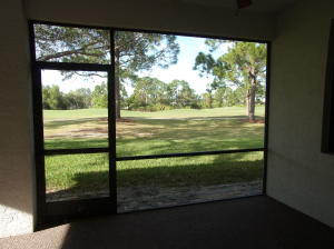 Additional photo for property listing at 409 SW Jefferson Circle 409 SW Jefferson Circle Port St. Lucie, Florida 34986 United States