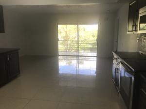 Condominio por un Alquiler en springs colony, 3111 Coral Springs Drive 3111 Coral Springs Drive Coral Springs, Florida 33065 Estados Unidos