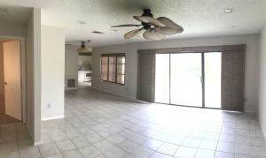 Additional photo for property listing at 1443 SE Buckingham Terrace 1443 SE Buckingham Terrace Port St. Lucie, Florida 34952 Vereinigte Staaten