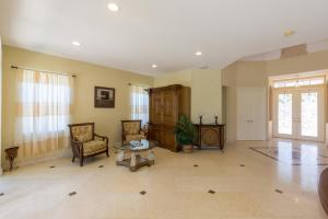Additional photo for property listing at 2301 Ridgewood Circle 2301 Ridgewood Circle 西棕榈滩, 佛罗里达州 33411 美国