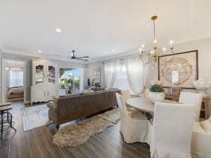 Additional photo for property listing at 102 Isle Verde Way 102 Isle Verde Way Palm Beach Gardens, Florida 33418 États-Unis
