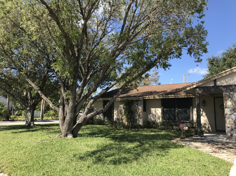 124 Sherwood Drive Royal Palm Beach, FL 33411 photo 1