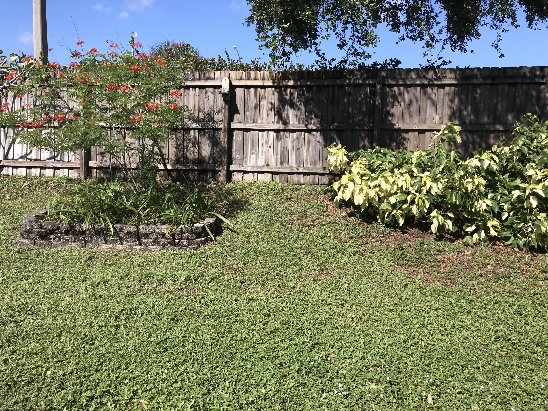 124 Sherwood Drive Royal Palm Beach, FL 33411 photo 23