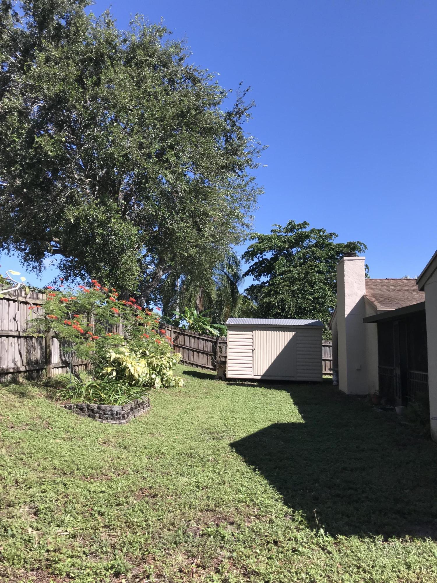 124 Sherwood Drive Royal Palm Beach, FL 33411 photo 25