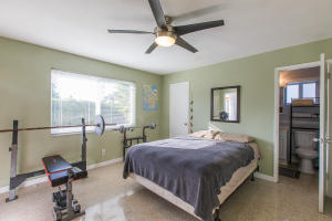 Additional photo for property listing at 305 NE 27th Street 305 NE 27th Street Wilton Manors, Florida 33334 United States