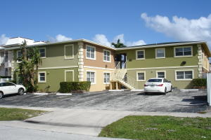 Condominium for Rent at 308 Northlake Drive 308 Northlake Drive North Palm Beach, Florida 33408 United States