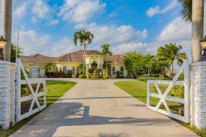 Maison unifamiliale pour l Vente à 15411 Palma Lane 15411 Palma Lane Wellington, Florida 33414 États-Unis