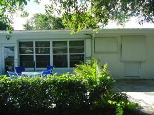 House for Rent at 7400 W Oakridge Circle 7400 W Oakridge Circle Lake Worth, Florida 33462 United States