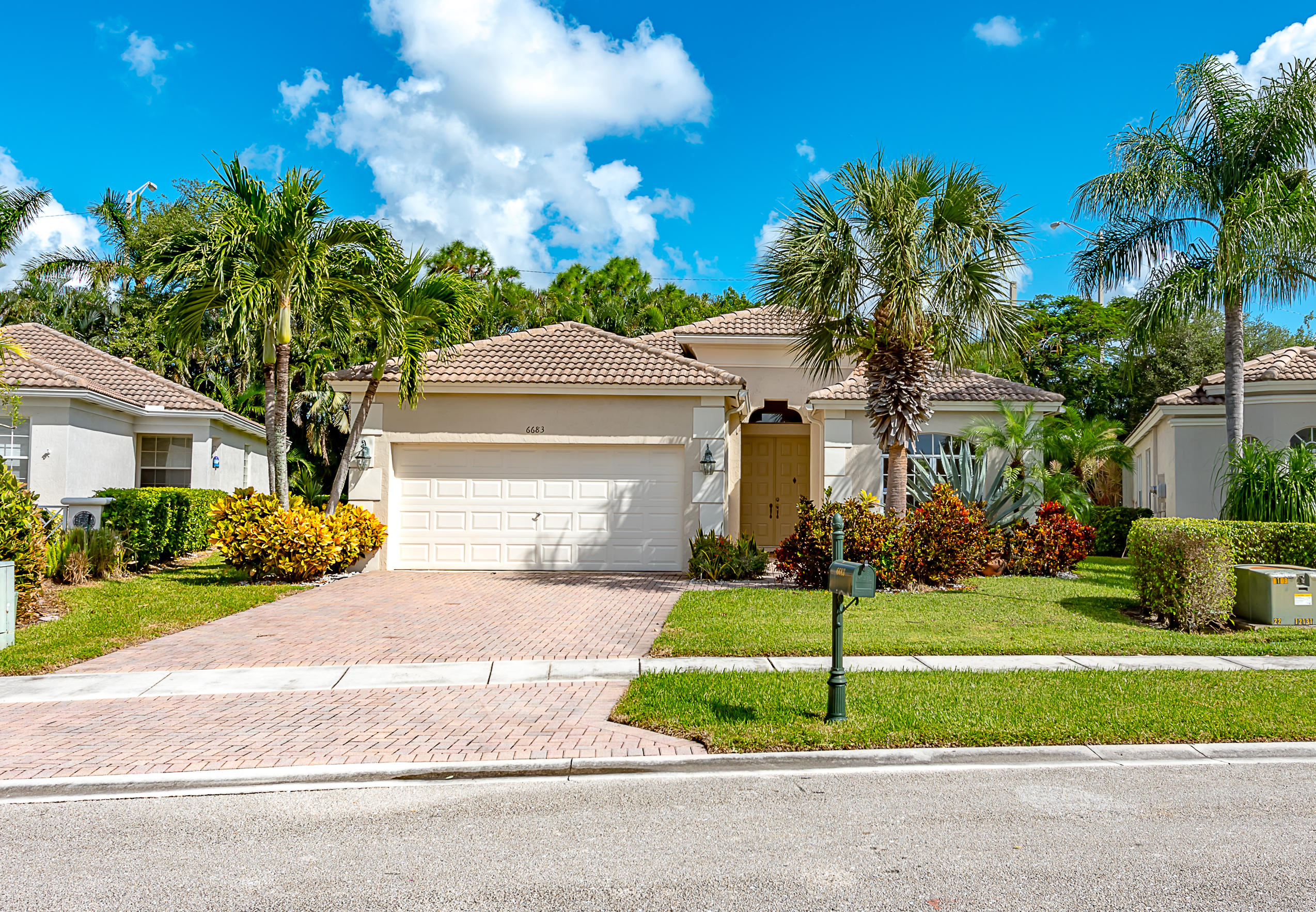 Home for sale in ABERDEEN 26 Boynton Beach Florida