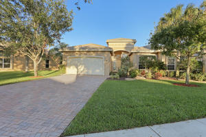 Single Family Home for Sale at 8651 Tierra Lago Cove 8651 Tierra Lago Cove Lake Worth, Florida 33467 United States