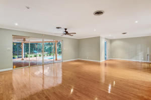 Additional photo for property listing at 750 SW 3rd Street 750 SW 3rd Street 博卡拉顿, 佛罗里达州 33486 美国
