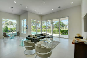 Additional photo for property listing at 4689 Tree Fern Drive 4689 Tree Fern Drive Delray Beach, Florida 33445 Estados Unidos