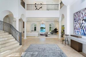 Additional photo for property listing at 8600 Twin Lake Drive 8600 Twin Lake Drive Boca Raton, Florida 33496 Vereinigte Staaten