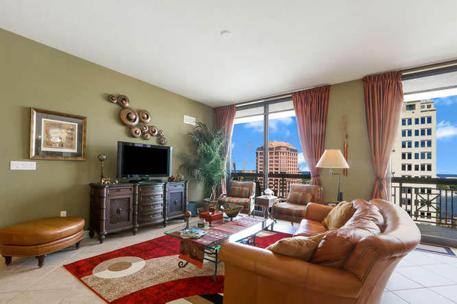 801 S Olive Avenue 1406 West Palm Beach, FL 33401 photo 2