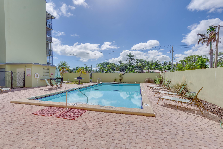Home for sale in Santa Monica Condo Hollywood Florida