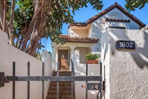 7902  Seville Place #1602 Boca Raton, FL 33433