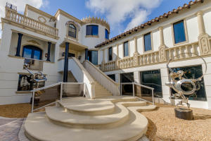 Property for sale at 821 S Atlantic Drive, Lantana,  FL 33462