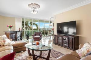 Property for sale at 550 SE Mizner Boulevard Unit: B-407, Boca Raton,  FL 33432