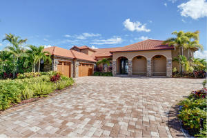 Casa Unifamiliar por un Venta en 4601 Hunting Trail 4601 Hunting Trail Lake Worth, Florida 33467 Estados Unidos