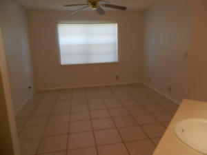 Additional photo for property listing at 1540 SE Royal Green Circle 1540 SE Royal Green Circle Port St. Lucie, Florida 34952 États-Unis