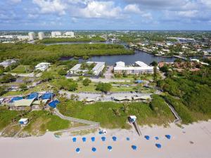 Property for sale at 6530 N Ocean Boulevard Unit: 103, Ocean Ridge,  FL 33435