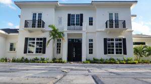 Single Family Home for Sale at 8056 Native Dancer Road 8056 Native Dancer Road Palm Beach Gardens, Florida 33408 United States