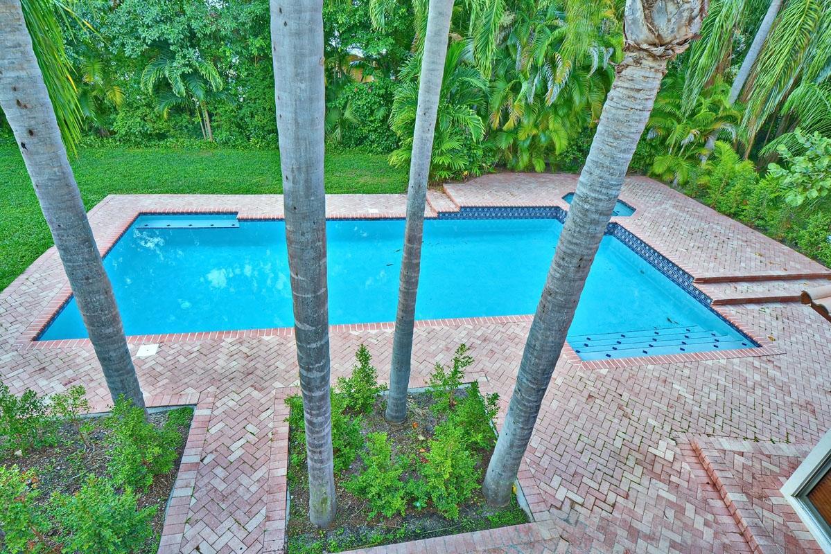 1221 Cocoanut Road Boca Raton, FL 33432 photo 9